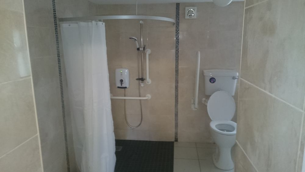 Disabled shower wet rooms declan buggy - Disabled shower room ...